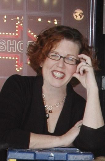 Amy Meadows headshot